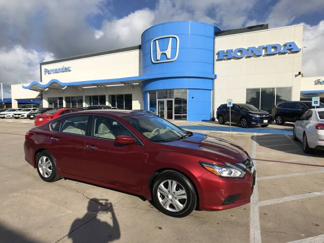 ... Front Wheel Drive Sedan. Pre Owned 2016 Nissan Altima 2.5 S